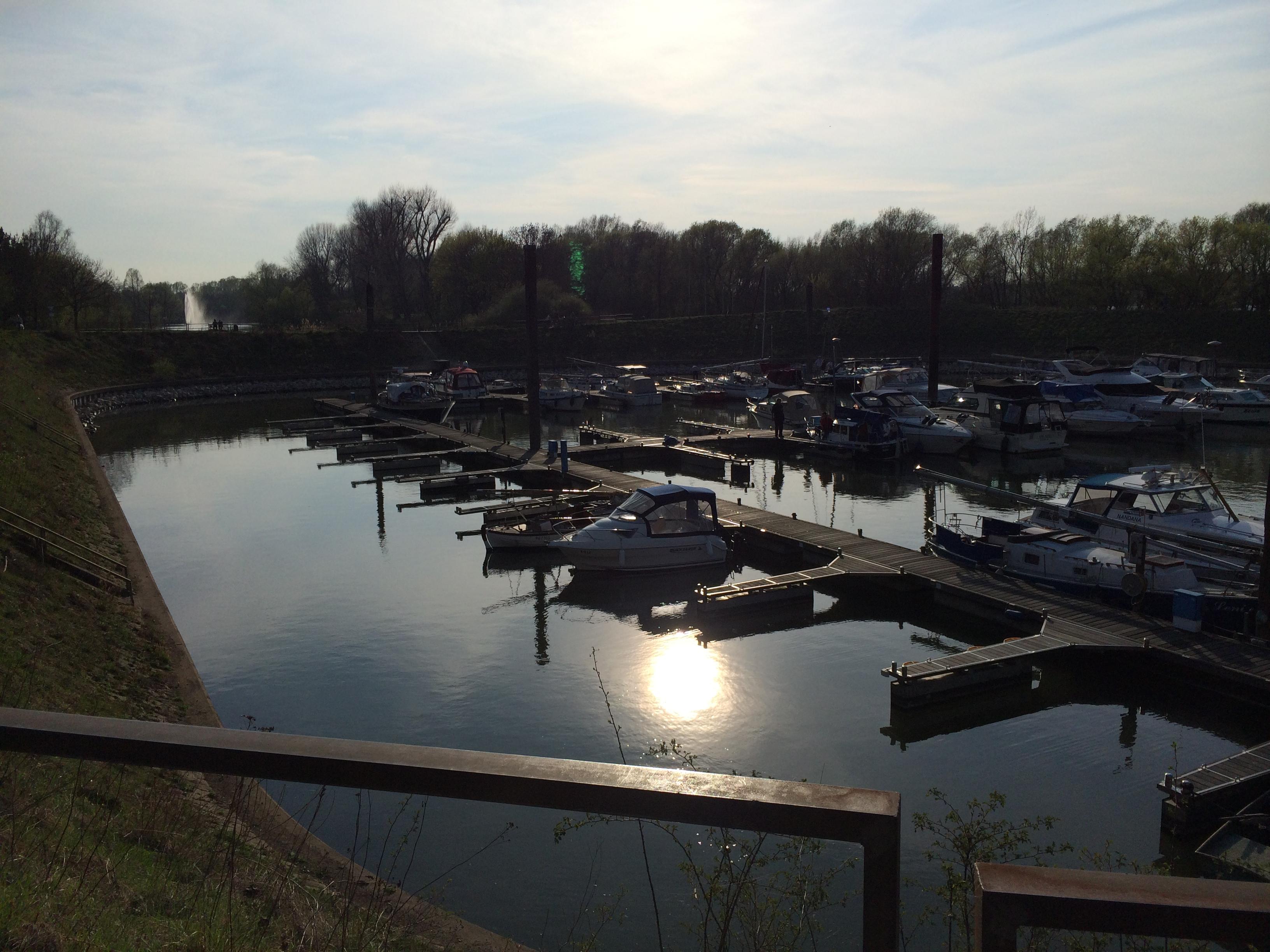 Sportboothafen Köln Porz bei Zündorf