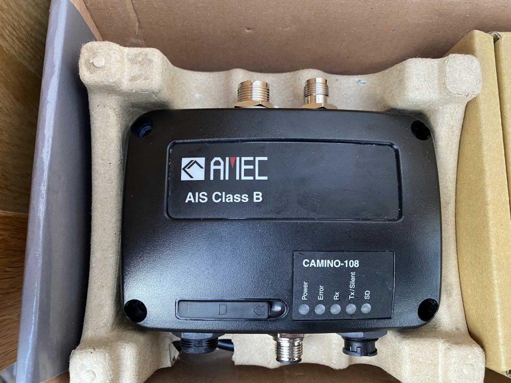 AMEC AIS Transponder CAMINO-108